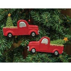 Red Vintage Pick Up Ornaments - This set of two resin ornaments are in the shape of red pickup trucks hauling Christmas trees. Christmas Truck, Red Christmas, Christmas Themes, Christmas Decorations, Holiday Decor, Hanging Christmas Tree, Christmas Tree Ornaments, Red Mittens, Vintage Red Truck