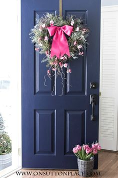 DIY Heart Wreath Ideas | One wreath, three ways! | onsuttonplace.com