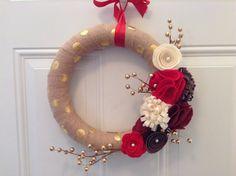 Holiday Wreath Burlap Wreath Gold Red Brown di AnitaRexDesigns