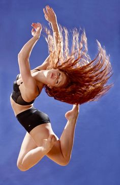 redhead - Jordan Clark, dancer Frm Michele Caine's bd: I Love Being A Redhead! High Speed Photography, Dance Photography, Dance Art, Ballet Dance, Dance Movement, Beautiful Redhead, Gorgeous Body, Simply Beautiful, The Next Step