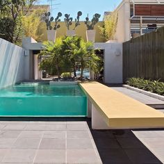 Custom built luxury pool in Albert Park VIC 3206, Australia. Expertly designed by Aloha Pools Pty Ltd.