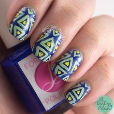 Hey, Darling Polish!: 52 Week Challenge - Geometric Triangles