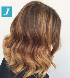 Degradé Joelle _Taglio Punte Aria _ Soft Waves #cdj #degradejoelle #tagliopuntearia #degradé #igers #musthave #hair #hairstyle #haircolour #longhair #oodt #hairfashion #madeinitaly