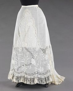 Petticoat  Date: ca. 1900 Culture: French Medium: cotton, linen Dimensions: Length at CB: 45 in. (114.3 cm) Credit Line: Brooklyn Museum Costume Collection at The Metropolitan Museum of Art, Gift of the Brooklyn Museum, 2009; Gift of Mrs. William F. Knief, 1966 Accession Number: 2009.300.3301
