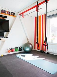 Small Space Home Gym Hacks For Your Tiny House02