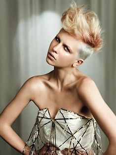 30 Best Short Haircuts 2012 - 2013 | 2013 Short Haircut for Women, Now I like this on her, the color, the cut, I think one in one million could pull this off.