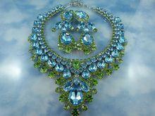 Thorin Mediterranean Blue & Peridot Crystal Bib Front Statement Demi Parure