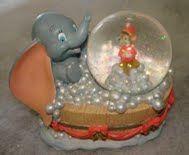 Disney Dumbo Christmas Snowglobe