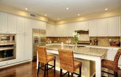 Do White Kitchens Sell for Less? - Zillow Digs