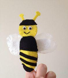 Parmak kukla (arı)