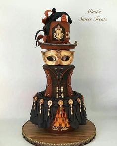Elegant Steampunk Wedding cake by mimissweettreats Fancy Cakes, Cute Cakes, Pretty Cakes, Beautiful Cakes, Amazing Cakes, Steampunk Wedding Cake, Gothic Wedding Cake, Gothic Cake, Unique Cakes