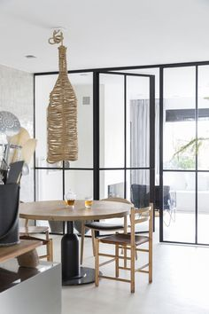 News and Trends from Best Interior Designers Arround the World Modern Decor, Modern Design, Best Interior, Interior Design, Mid Century Style, Dining Room Design, Home Projects, Ceiling Lights, Contemporary