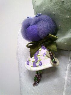 maramanufaktura / brošňa mini MARA /fialkovo zelená/