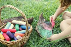 10 Easy Ideas for Making Art Outdoors | Childhood101