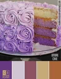 Lovely Purple Cake. I want it for my birthday :)