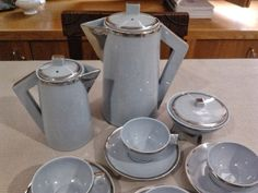 Art Deco porcelain coffee set Vista Alegre Portugal 1924-1947
