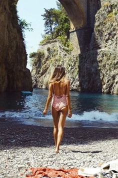 Whether your on the Amalfi coast or at your local beach, here is the swim suit you must have for summer