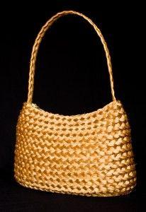 Bolsa em Capim Dourado