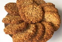Sprøde mandel-hasselnød cookies uden mel og sukker » Low-Carb/LCHF Low Carb Sweets, Low Carb Desserts, Low Carb Recipes, Dog Food Recipes, Shortbread Recipes, Lchf, Vegetarian Keto, Banana Cream, Gluten Free Cakes