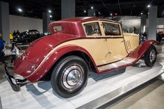 Now this is seriously stylish. The stunning 1930 Rolls Royce Phantom II Windblown Coupé by Brewster.
