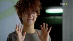 K-drama meme, humour and parody to brighten your day. We troll the drama coz we love it. Korean Drama Stars, Kang Min Hyuk, Cn Blue, Kdrama Memes, Meme Center, Puppy Eyes, Kpop, Jonghyun, Minhyuk