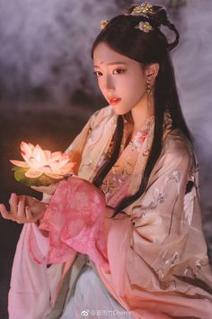 saved to China Chinese Traditional Costume, Traditional Fashion, Traditional Dresses, Hanfu, Beautiful Chinese Girl, China Girl, Chinese Clothing, Cosplay, Chinese Culture