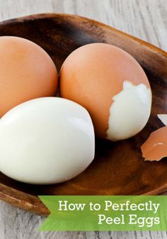 Peel eggs with these 4 easy steps!