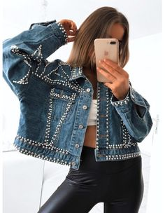 Fashion Fabric, Diy Fashion, Ideias Fashion, Fashion Outfits, Fashion Design, Custom Denim Jackets, Diy Clothes Design, Painted Clothes, Diy Clothing