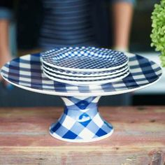 Summer Entertaining: Great Tips, Tablesettings and Recipes - French Garden House Kitchenaid, Terracotta, Blueberry Farm, Pedestal Cake Stand, Plate Stands, Blue Gingham, Gingham Check, Cake Plates, White Decor