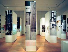 Modell Bauhaus Martin-Gropius-Bau, Berlin 22.07. – 04.10.2009 Kuratoren: Lutz Schöbe, Michael Siebenbrodt,  Wolfgang Thöner, Klaus Weber