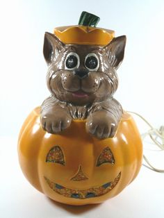 Vintage Halloween Cat In Jack O' Lantern Pumpkin Ceramic Electric Light Up