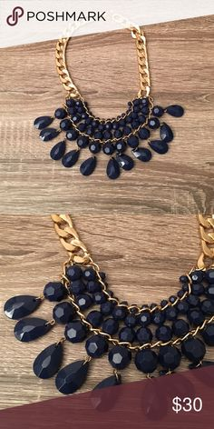 Blue and gold statement necklace Beautiful necklace in perfect condition. Never worn! Jewelry Necklaces