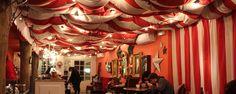 We Pudding: un café insolite et idéal pour tous ceux qui souhaitent un moment d'évasion dans un univers rempli de couleurs et de fantaisie.