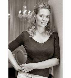 "jerifan: "" Monochrome can be good…. Jeri Ryan, Star Trek 1, Star Trek Voyager, Beautiful Celebrities, Beautiful Actresses, Beautiful Women, Classic Actresses, Actors & Actresses, Akira"