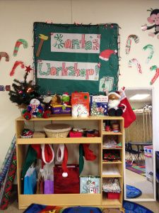 Preschool and Pre-K Santa's Workshop and gift center! Dramatic Play can Be so much fun!