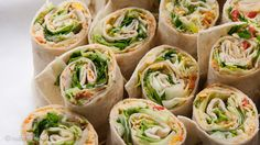 Wraps vegetarisch Vegetarian Cooking, Vegetarian Recipes, Veggie World, My Favorite Food, Favorite Recipes, Snacks Für Party, Health Snacks, Tortilla Wraps, Veggie Recipes