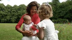 happyswedes:  The Swedish Royal family has released photos ahead of the Aret med Kungafamiljen 2014, which will showcase the best videos of the royal family; Queen Silvia with her granddaughters Princess Leonore and Princess Estelle