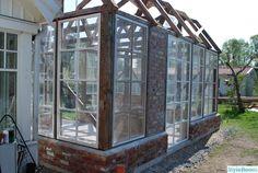 How to build an orangeri Outdoor Rooms, Indoor Outdoor, Pergola Patio, Backyard, Skylight Glass, Dream Garden, Home And Garden, Fish Garden, Recycled Windows