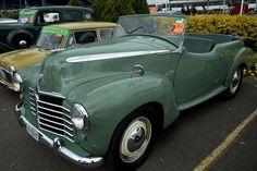 1950 Vauxhall Wyvern L-series Caleche tourer - Vauxhall Wyvern - Wikipedia Vintage Cars, Antique Cars, Psa Peugeot, General Motors, Hot Cars, Jaguar, Classic Cars, Ford, British