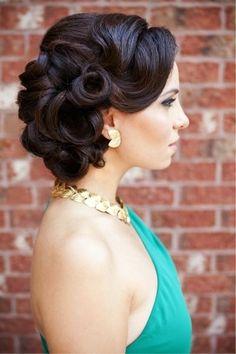 4. #Retro Inspired Updo - 33 #Ravishing Retro Hairstyles ... → Hair #Stefani