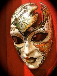 I can't seem to get enough of these mask! Could do it with a snowflake cut out Venice Carnival Costumes, Venetian Carnival Masks, Carnival Of Venice, Venitian Mask, Venice Mask, Ceramic Mask, Maquillage Halloween, Beautiful Mask, Masks Art