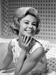 FOR THE LOVE OF MONEY / MITZI GAYNOR