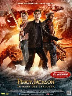 Percy Jackson 2: Im Bann des Zyklopen (Sea of Monsters)  ★★★★★★★★★★★★★★★★★★★★★★★★★ ► Mehr Infos zum Film auf ➡ http://www.percyjacksonthemovie.com/de/  & O-Ton ➡ http://www.percyjacksonthemovie.com - und wir freuen uns sehr auf Euren Besuch! ★★★★★★★★★★★★★★★★★★★★★★★★★ Alle Trailer im Kanal ➡ http://YouTube.com/VideothekPdm - wir wünschen BESTE Unterhaltung! ◄ ★★★★★★★★★★★★★★★★★★★★★★★★★ #PercyJackson #ImBanndesZyklopen #SeaofMonsters #Fantasy #Abenteuer #Action #Drama #Film #Verleih #VCP