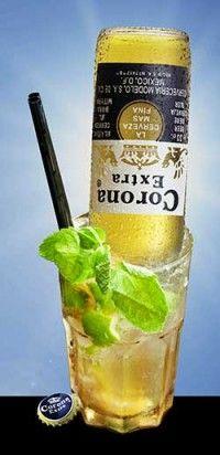 Ricetta Cocktail Mojito Fidel Cocktail Shots, Cocktail Recipes, Wine Recipes, Moscato Sangria, Long Drink, Mojito Recipe, Beautiful Fruits, Alcohol, Slushies