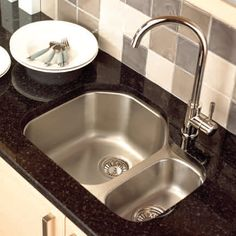 Bianco antico granite countertops how to build a parade - Best caulk for undermount kitchen sink ...