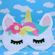 Mascara For Beautiful Eyes Diy Unicorn Horns, Diy Unicorn Cake, Diy Unicorn Headband, Unicorn Mask, Unicorn Crafts, Unicorn Birthday, Unicorn Party, Felt Diy, Felt Crafts