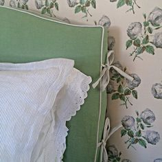 bedroom by Lauren Geddes Duff The Bowood wallpaper by Colefax and Fowler with blue and white ticking stripe on the sham and piping/bow detail on the green headboard. Green Headboard, Headboard Cover, Slipcovered Headboard, Slipcovers, Design Blog, Home Design, Diy Design, Home Bedroom, Bedroom Decor