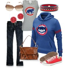 Playing Ball- I want this outfit but in Red Sox Sport Outfits, Cool Outfits, Dressed To The Nines, Fall Fashion Outfits, Sweater Outfits, Passion For Fashion, Chicago Chicago, Chicago Bears, Style Me