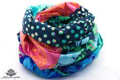 Patchwork-Loop-Schal in Lieblingsfarbe blau pink von Lieblingsmanufaktur: Farbenfrohe Loop Schals, Tücher und mehr auf DaWanda.com
