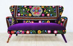 Suzani 2 seater sofa - purple sun de namedesignstudio en Etsy https://www.etsy.com/es/listing/218100499/suzani-2-seater-sofa-purple-sun